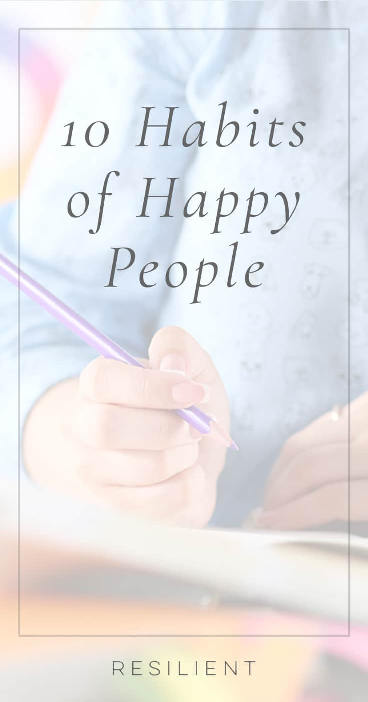 Did you know that happy people do a few things differently that make all the difference in their happiness? Happiness really just comes down to a few different attitudes and habits and ways of seeing the world.  All it takes is a few changes in attitude and habit. 😃 Here are 10 habits of happy people that make all the difference in their mood.
