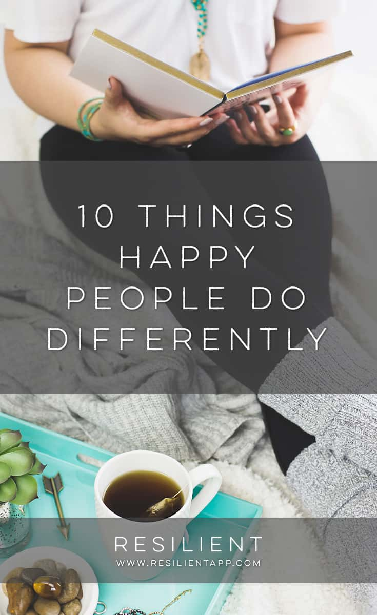 Did you know that happy people do a few things differently that make all the difference in their happiness? Here are 10 things happy people do differently that make all the difference in their mood. Happiness really just comes down to a few different attitudes and habits and ways of seeing the world.